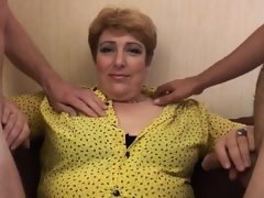 French mature sophia fucked in a..