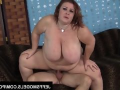 Big tittied and mature lady lynn gets..