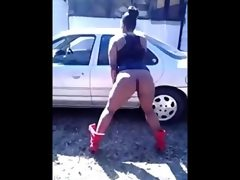 Ratchet: ghetto bitches twerking
