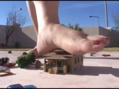Giantess amazon amanda