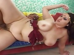 Indian wife opens her cunt for a big..