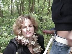 French mature sophia fucked outdoor