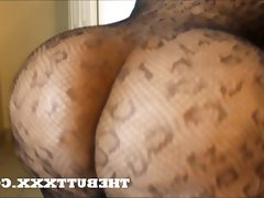 Thebuttxxx com booty grabbed fucked..