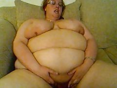Ssbbw hot belly shake