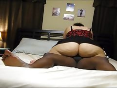 Housewife with big ass fucked in the..