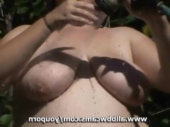 Pussy bbw playing with a hose fat..